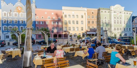 Hotel Post in Burghausen - mit Biergarten und E-Bike-Ladestation
